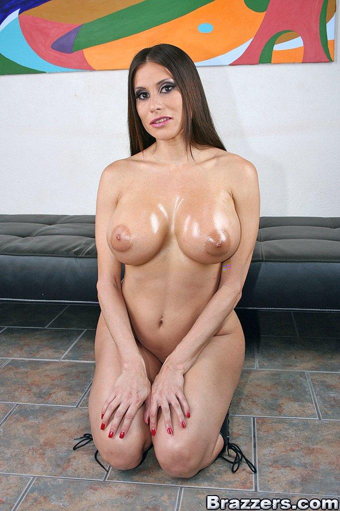 Bustyz Sheila Marie 44